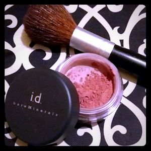 Bare Minerals Exhilarate Blush & Blush Brush
